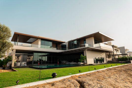 Residential villa B+G+1+Roof floor for Dr Azad Moopen